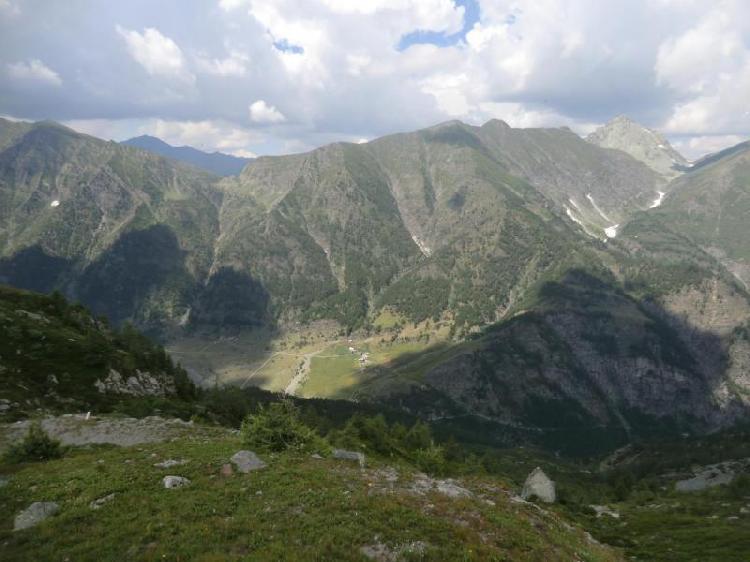 Vista della Conca del Pra e dei colli Croce e Urina